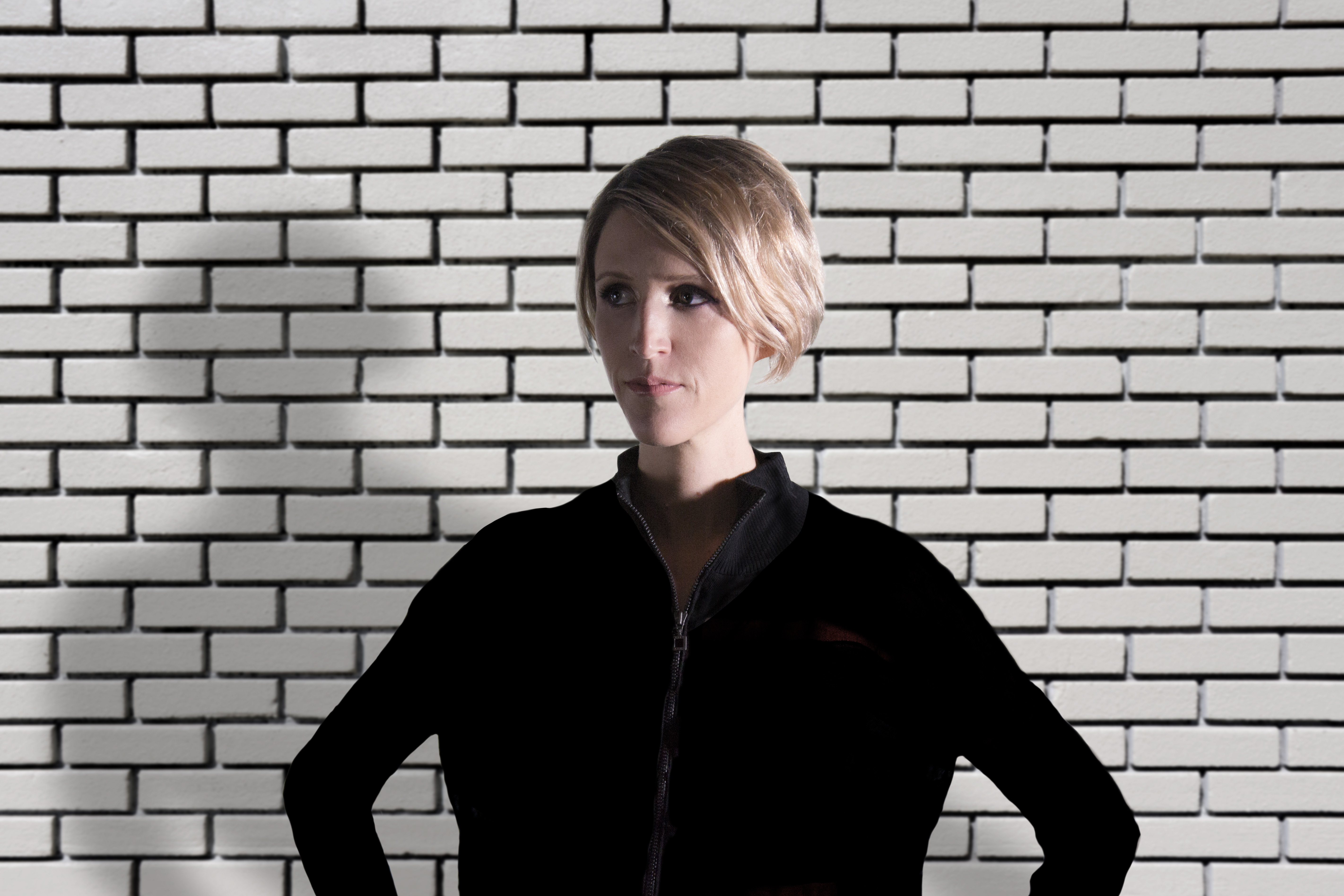 Chicago born producer, composer, pianist, and DJ Kate Simko is bringing her genre-bending project London Electronic Orchestra to one of London's most iconic live music venues, The Jazz Cafe. The Rhapsody caught up with her ahead of the show, and you can get to know the musician behind the music here.